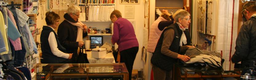 Frivillige medarbejdere i Genbrugsbutikken i Nykøbing Sjælland
